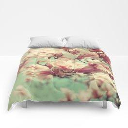 Magnolia Blossoms Comforters