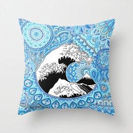 Kanagawa's wave Throw Pillow