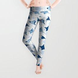 Blue stingrays // white background Leggings