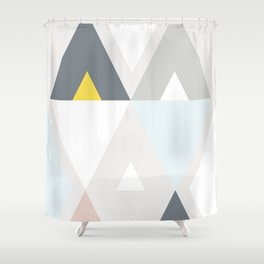 Triangle scandinave Shower Curtain