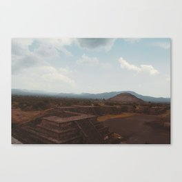 Teotihuacan pyramid of the moon Canvas Print