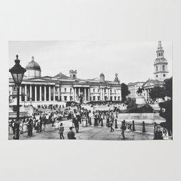 Trafalgar Square: B&W Rug