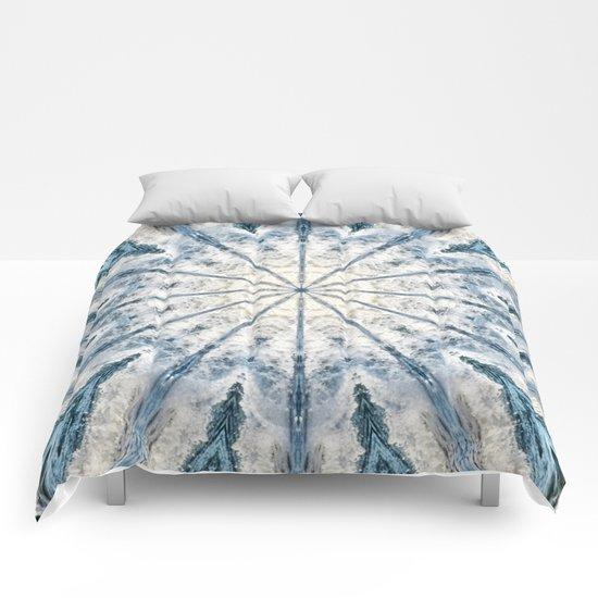 Beautiful abstract kaleidoscope of surf Comforters