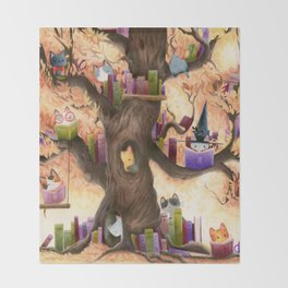 The library in the tree Throw Blanket