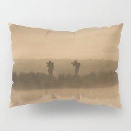 Synchronized shoot Pillow Sham