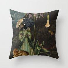 femina 1 Throw Pillow