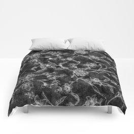 Flower Pattern (Black version) Comforters