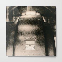 Über das Berühren von Wicklungen / About touching windings Metal Print