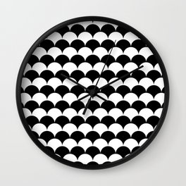Black and White Clamshell Pattern Wall Clock