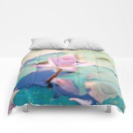 Cute Pink Blooming Lotus Comforters