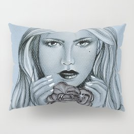 Blackroses 1 Pillow Sham