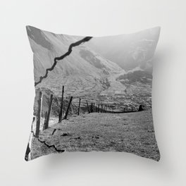 Valley of River Sno   (b/w) Throw Pillow