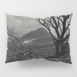 The web of winter Pillow Sham