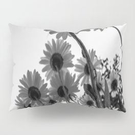 Below The Daisies Pillow Sham