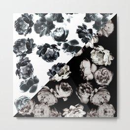 Black & White Floral Pattern Metal Print