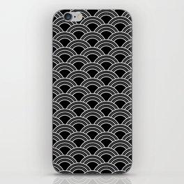 Art Deco Scallop | Billy & Pat iPhone Skin