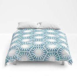 Watercolor daisy Comforters