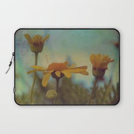 The beauty of simple things Laptop Sleeve