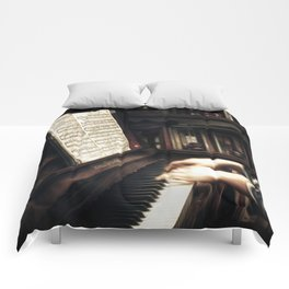 Music. The piano lesson. Comforters
