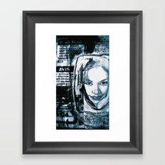 avis Framed Art Print
