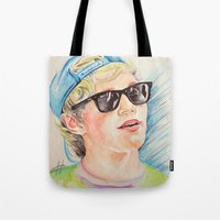 niall horan Tote Bags featuring Niall Horan glasses by vanessa