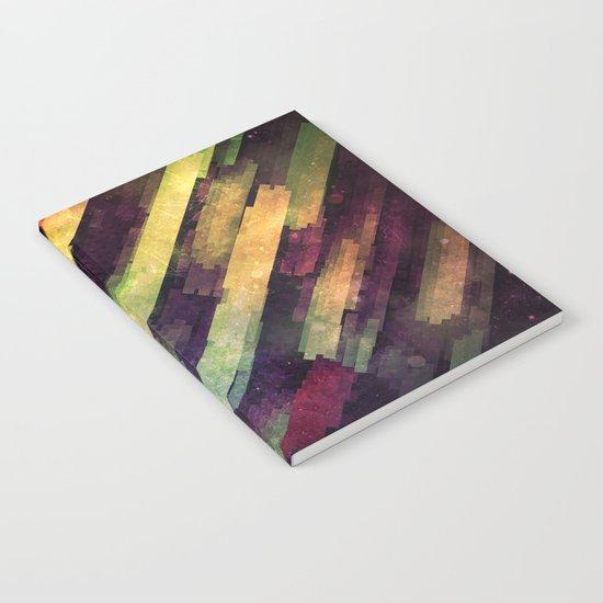 mytyyr shwwr Notebook