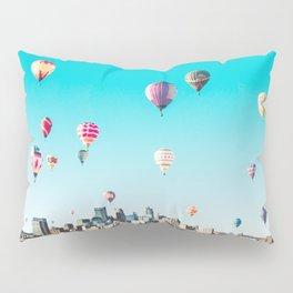 Minneapolis, Minnesota Skyline with Hot Air Balloons Over the City Skyline Pillow Sham