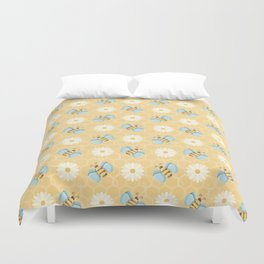 Bumble Bees & Daisies Pattern with Honeycomb Background Duvet Cover