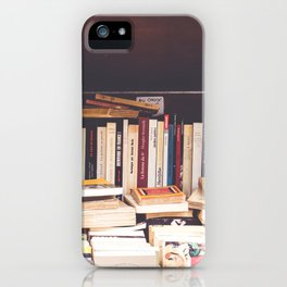 Livres iPhone Case