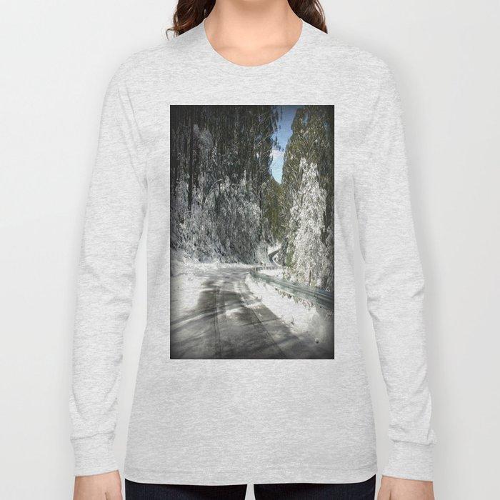 Winding road down Mt.Baw Baw Long Sleeve T-shirt