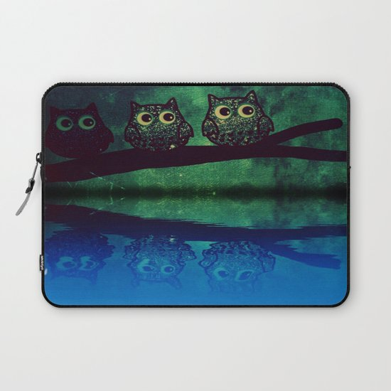 owl-77 Laptop Sleeve