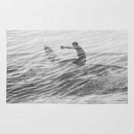 Surfer Overlap Black & White Rug