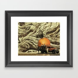 Hoy Descanso Framed Art Print