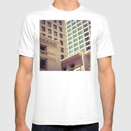 New York, Chicago, Los Angeles Retro Architectural Design T-shirt