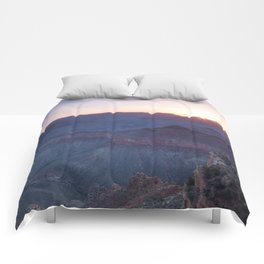 Beautiful Sunrise in the Grand Canyon Comforters
