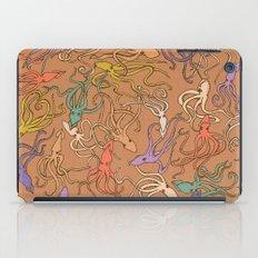 Squids of the inky ocean - retro colorway iPad Case