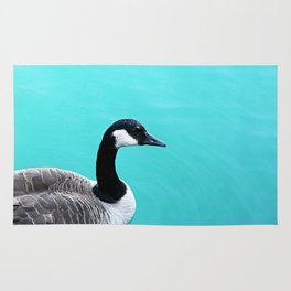 Portrait of a Goose on Lake Michigan Rug