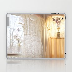 flower and dresses IIII Laptop & iPad Skin