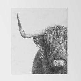 Highland Cow Portrait - Black and White Throw Blanket