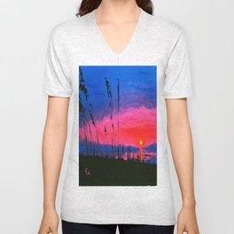 MARY'S VIEW Unisex V-Neck