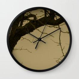 Luz en la Lejania Wall Clock