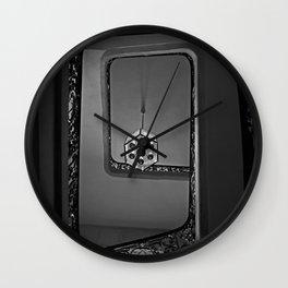 # 261 Wall Clock