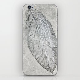 leaf print iPhone Skin