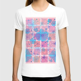 Drawing flowers in cubes T-shirt