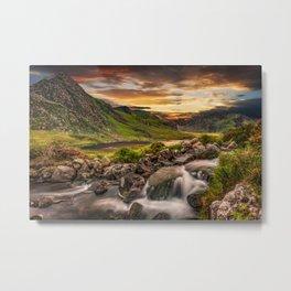 Tryfan and Llyn Ogwen Snowdonia Metal Print