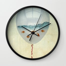 balloon fish o2, freedom in a bubble Wall Clock