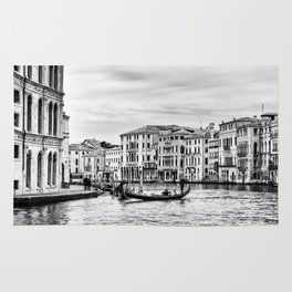 Gondola and tourists in Venice Rug