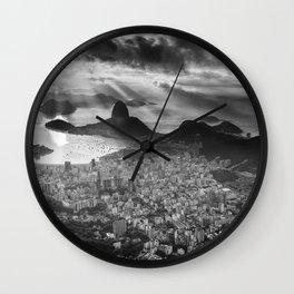 Amanhecer no Rio de Janeiro II Wall Clock