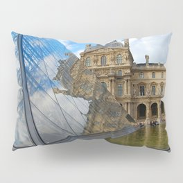 Glass, water, sky Pillow Sham