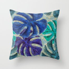 Pretty Leaves 6A Throw Pillow